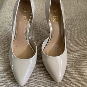 Bcbg tan patent pumps
